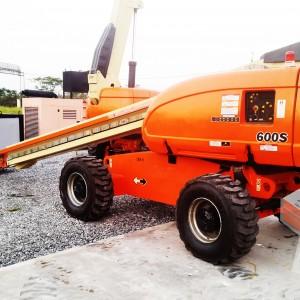 Boom 20m JLG 600S